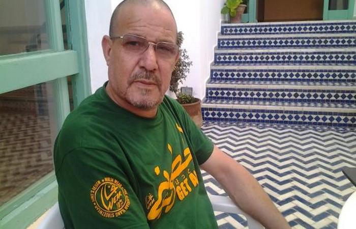 توقيع المطالبة بفتح الحدود المغربية الجزائرية سبب إعفاء مسؤول جزائري من مهامه