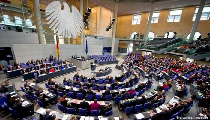البرلمان الألماني يرفض دراسة مقترح قدمه نواب موالون لمرتزقة الجزائر